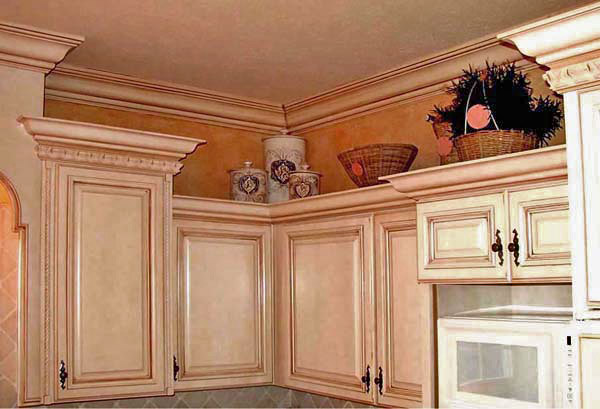 Tuscan glaze on kitchen cabinets