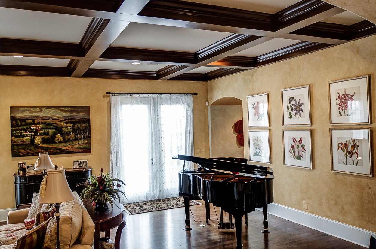 Custom colored French plaster walls for this Franklin, TN customer's family room.