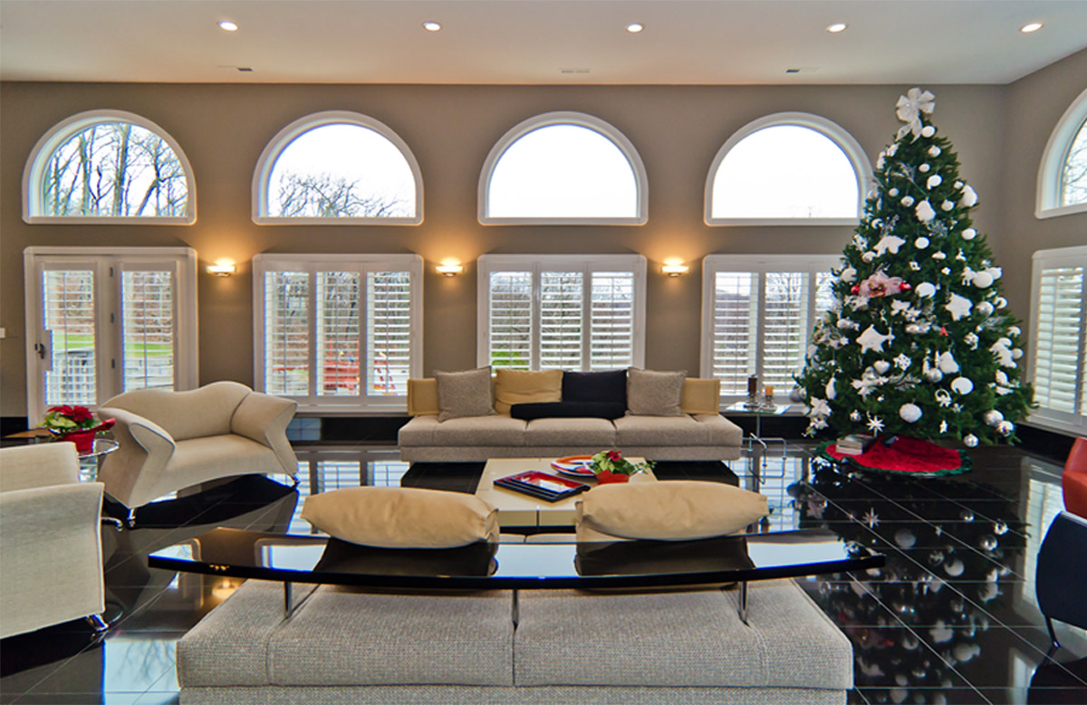 Custom color great room painting.