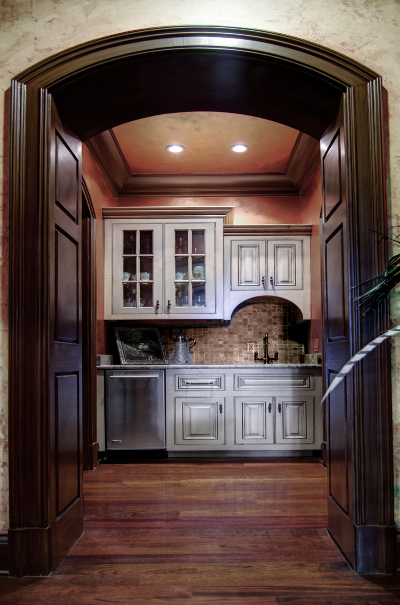 Butler's pantry cabinet color re-glaze and copper metallic glazed walls and ceiling.