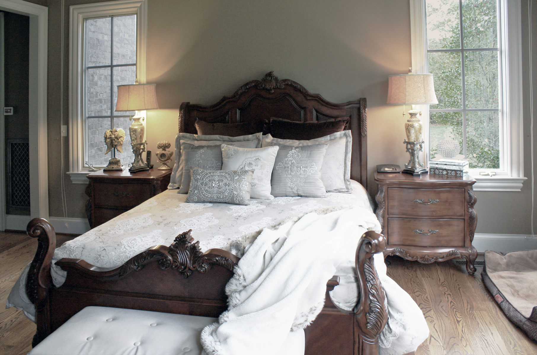Master bedroom with custom color palate and painted professionally by faux decor