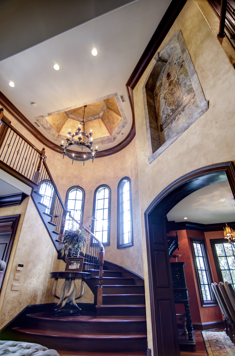 Faux Decor and United Artisans front entrance and dining room makeover.