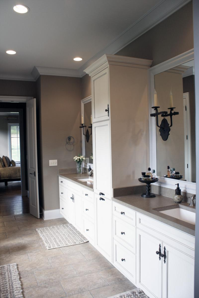 Master bathroom with custom color palate and painted professionally by faux decor