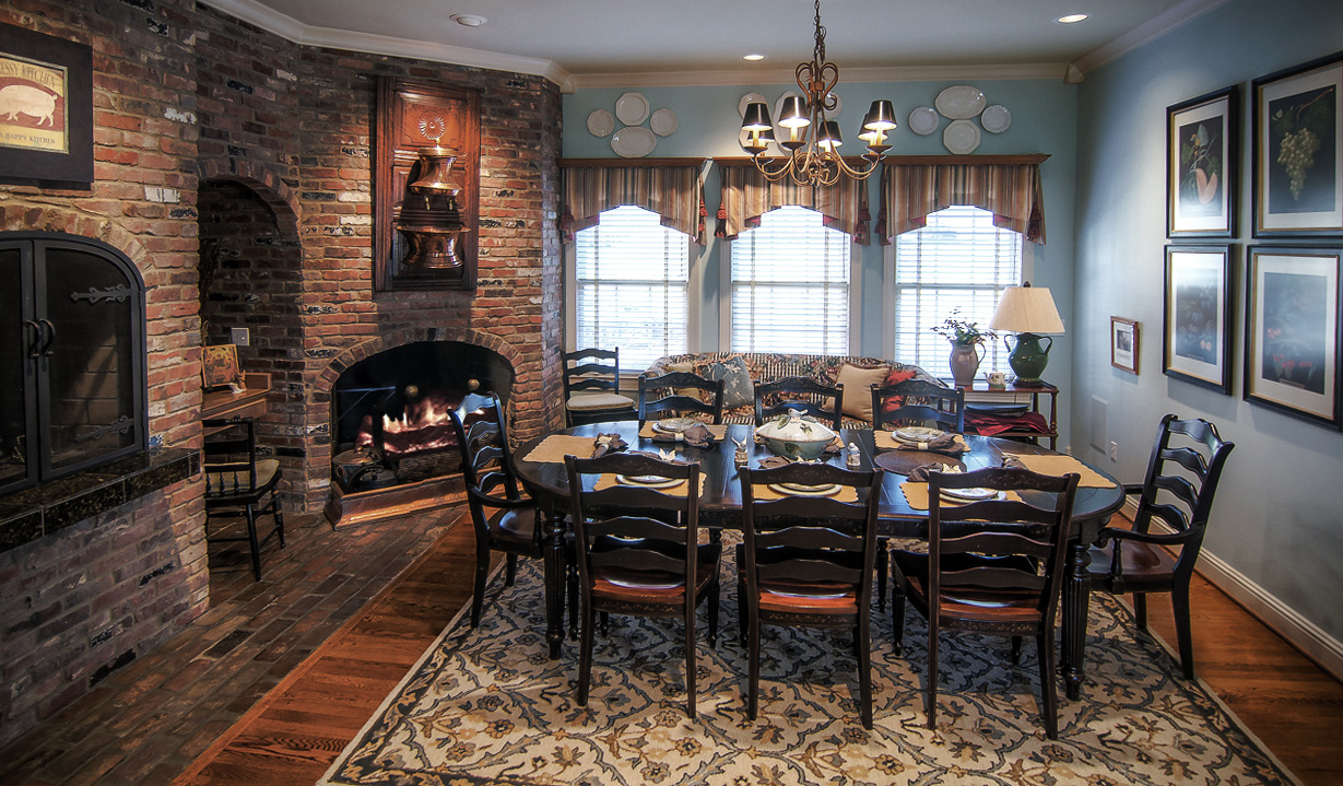 After –Perfectly balanced modern color upgrades can transform any space. Beautiful!