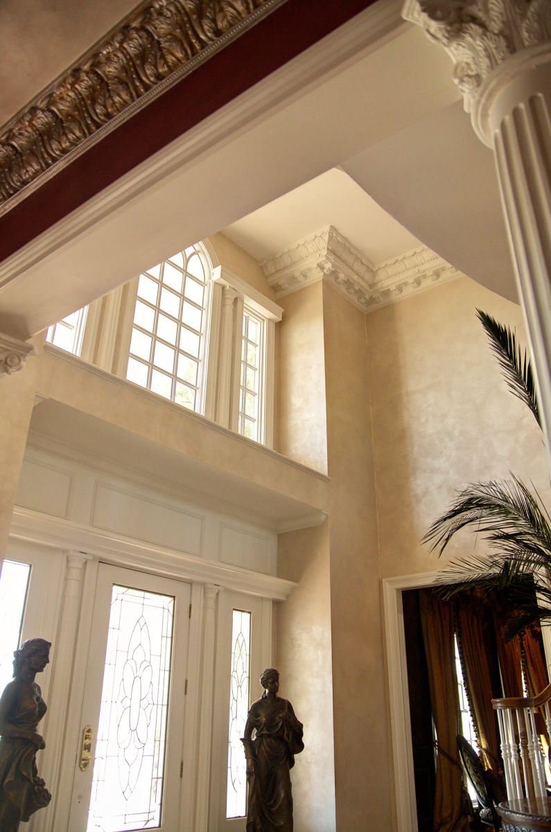 Elegant walls in Queen Ann's Lace Lusterstone